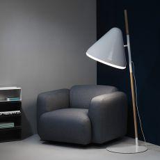 Hello - Normann Copenhagen floor lamp made of wood and steel
