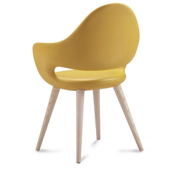 Soft l chaise domitalia en bois assise en polyur thane for Chaise domitalia