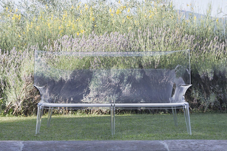 Uncle jack design sofa kartell aus polycarbonate verschiedene farben auch f r garten sediarreda for Kunststoff tiere fur garten