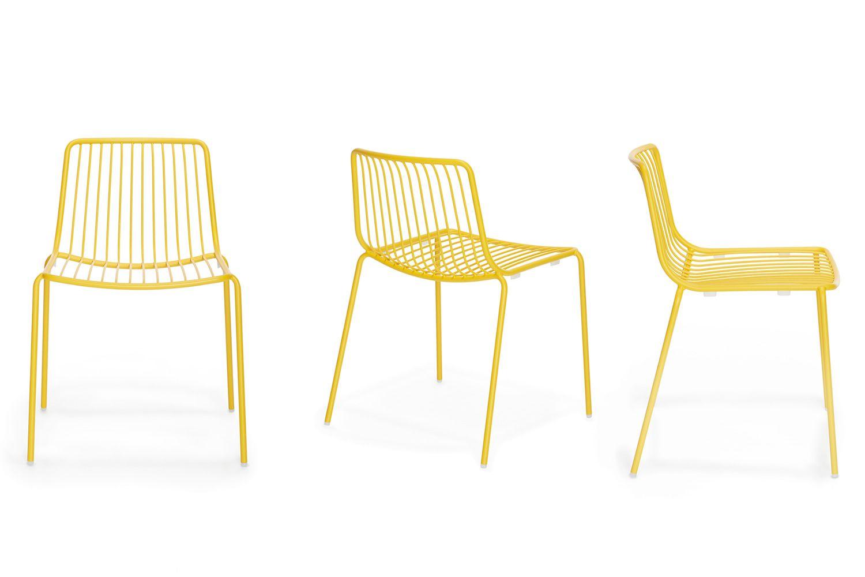 nolita stuhl pedrali aus metall stapelbar f r den au enbereich in verschiedenen farben. Black Bedroom Furniture Sets. Home Design Ideas