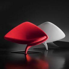 One for Two - Poltrona design di Tonon, in pelle o tessuto di diversi colori