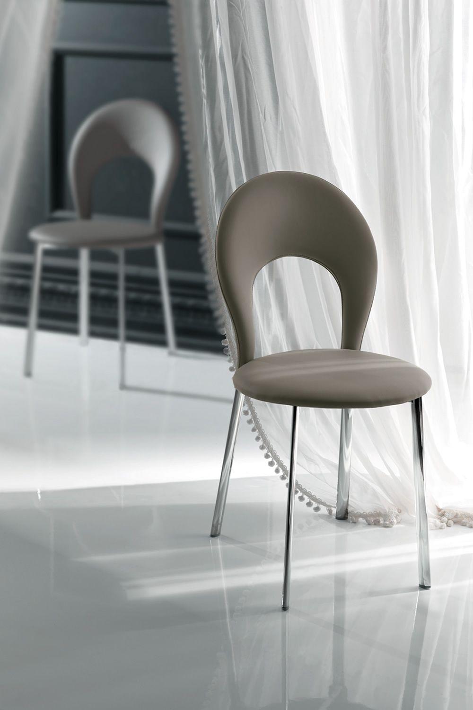 Vancouver sedia imbottita in metallo disponibile for Sedie similpelle
