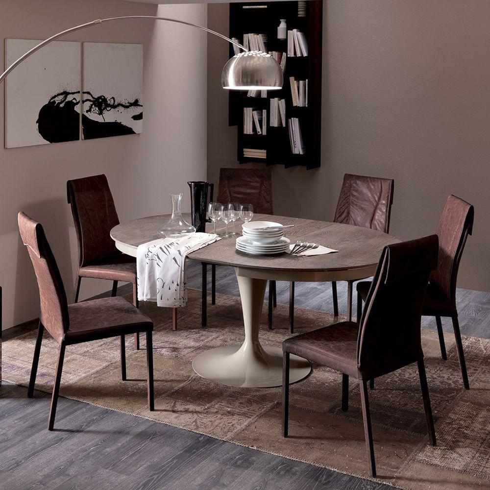 Luxy sedia moderna in metallo rivestita in pelle for Tavoli e sedie design offerte