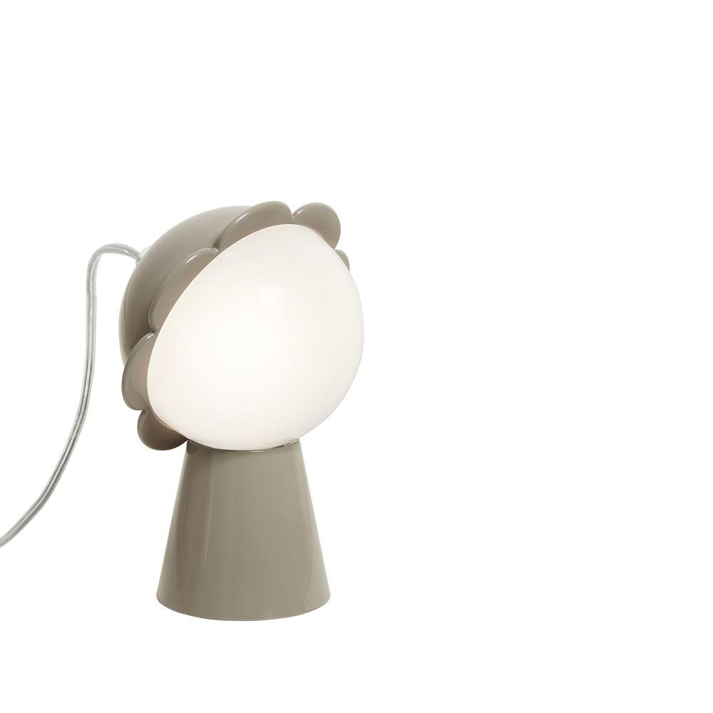 daisy qeeboo blumenf rmige tischlampe aus polykarbonat sediarreda. Black Bedroom Furniture Sets. Home Design Ideas