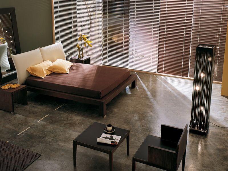 Frange lampada di design da terra in cuoio e legno in diversi colori sediarreda - Lampada per camera da letto ...