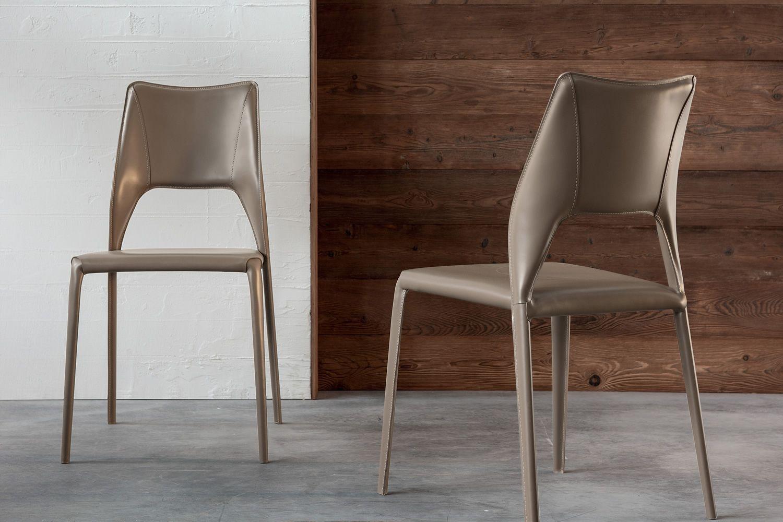 Atene sedia di design in metallo rivestita disponibile for Sedie design tortora