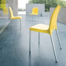 Tulip - Modern stackable bar and restaurant chair, with or without armrest, in aluminium and technopolymer, for outdoor use, available in several colours