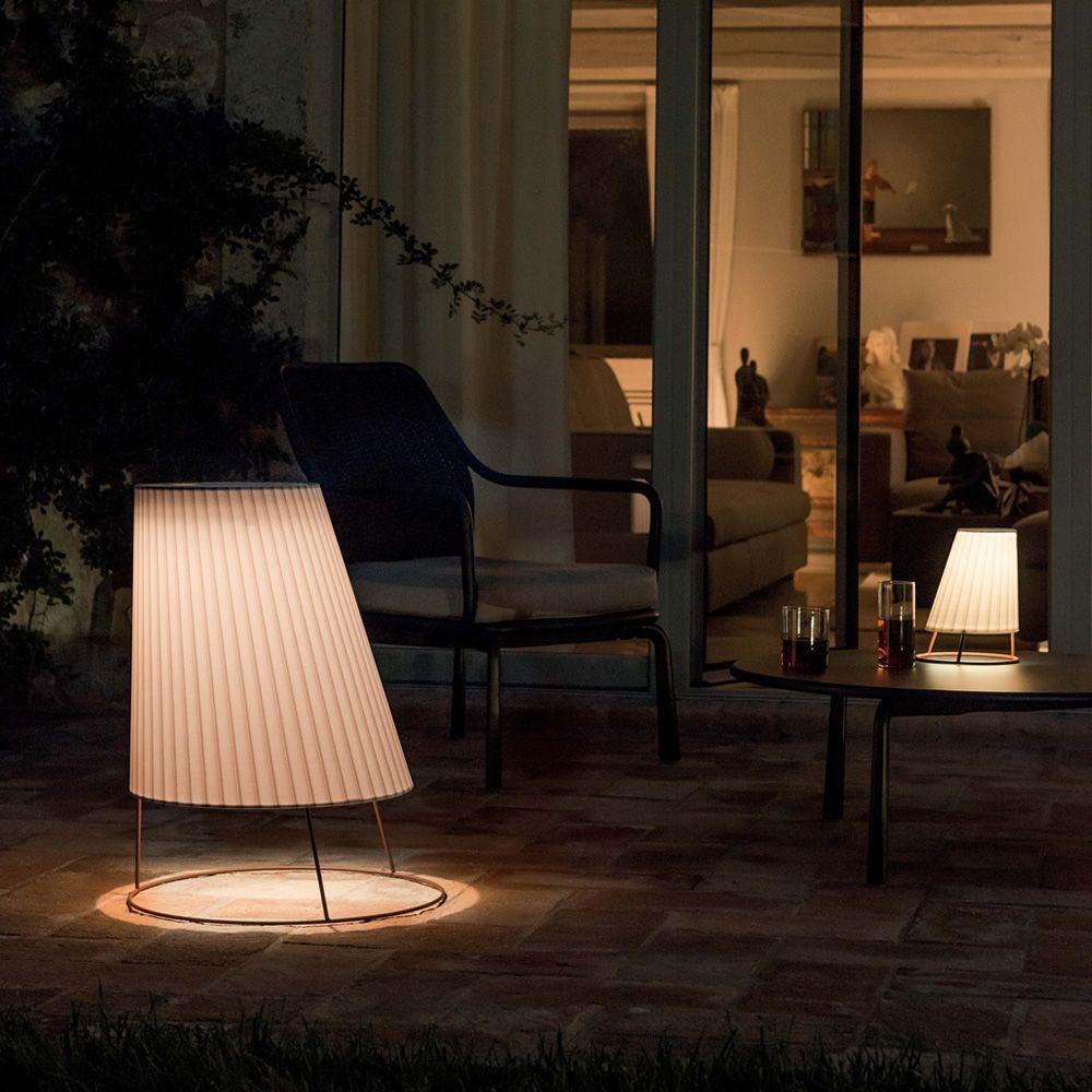 cone 2002 stehlampe aus metall und polykarbonat mit. Black Bedroom Furniture Sets. Home Design Ideas