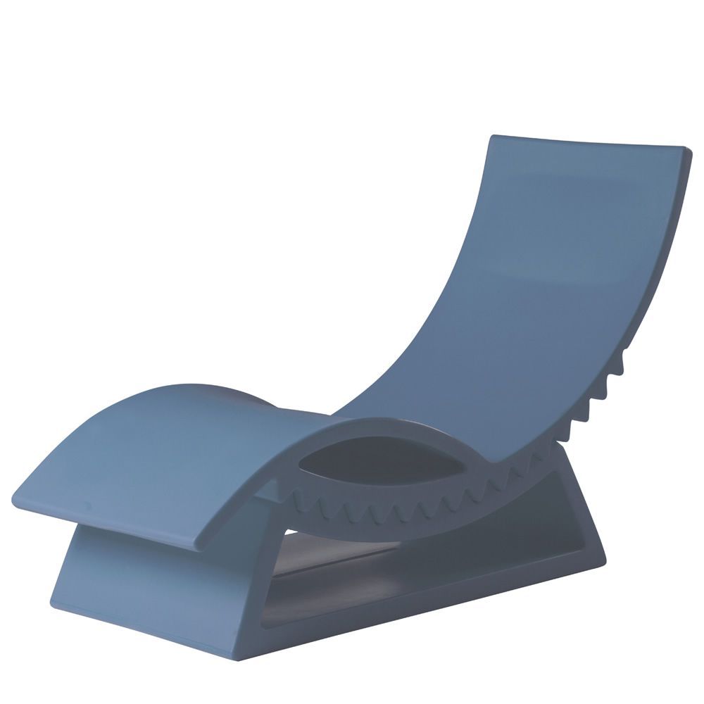 Tic tac slide polyethylene chaise longue with base of for Blue chaise longue