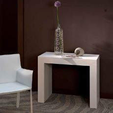 VR65 - Extendable melamine console table, different finishes available