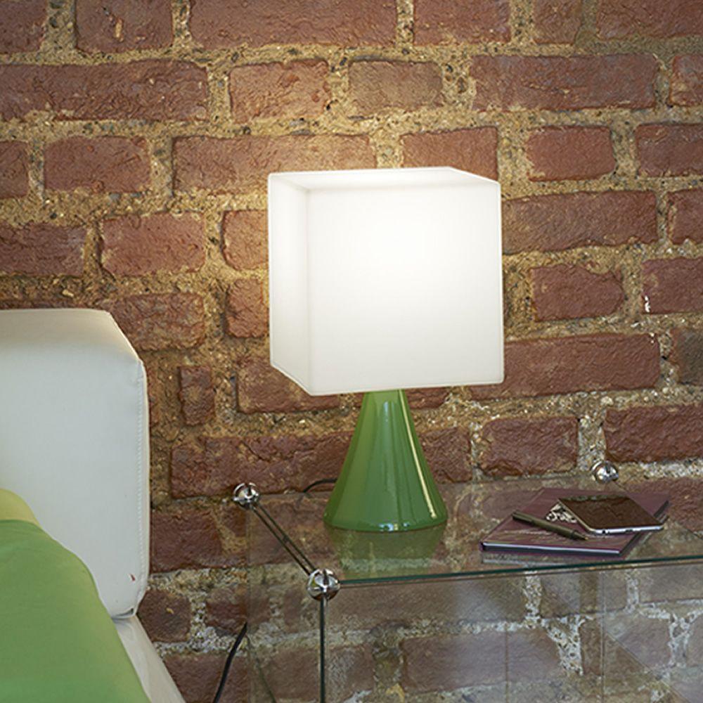 Cubo stand lampada da tavolo slide in metallo e - Lampada da tavolo di design ...