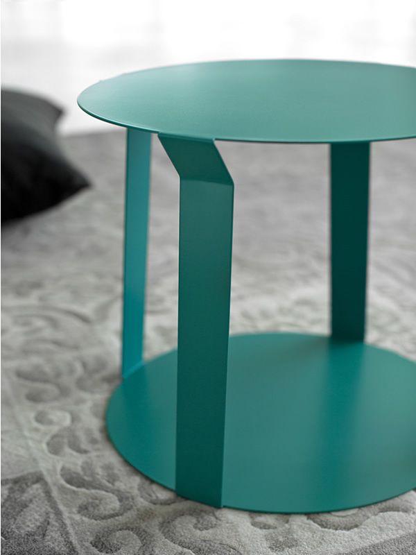 freeline1 table design ronde en m tal disponible en plusieurs couleurs sediarreda. Black Bedroom Furniture Sets. Home Design Ideas