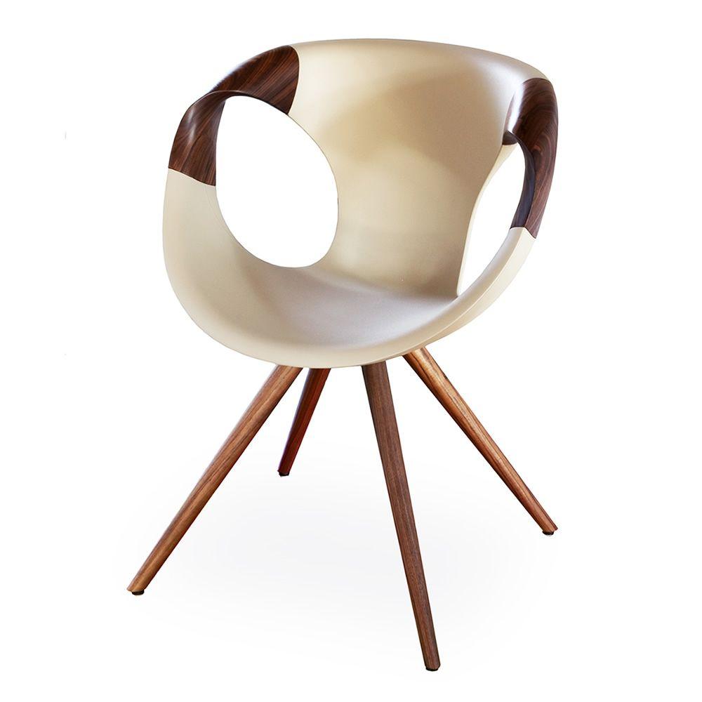 Up chair wooden arms poltroncina di design tonon con for Sedie di designer