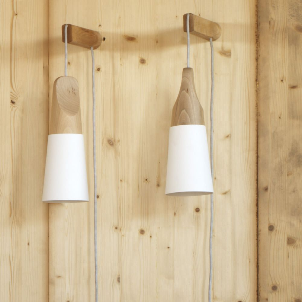 Slope a lampada da parete miniforms in legno e metallo for Applique da parete legno