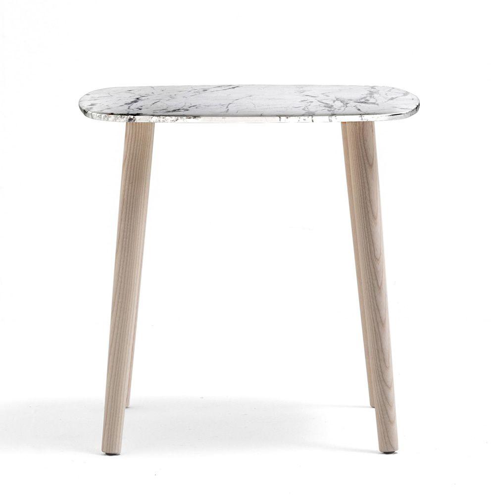 malm tm pedrali beistelltisch aus holz mit runder oder. Black Bedroom Furniture Sets. Home Design Ideas