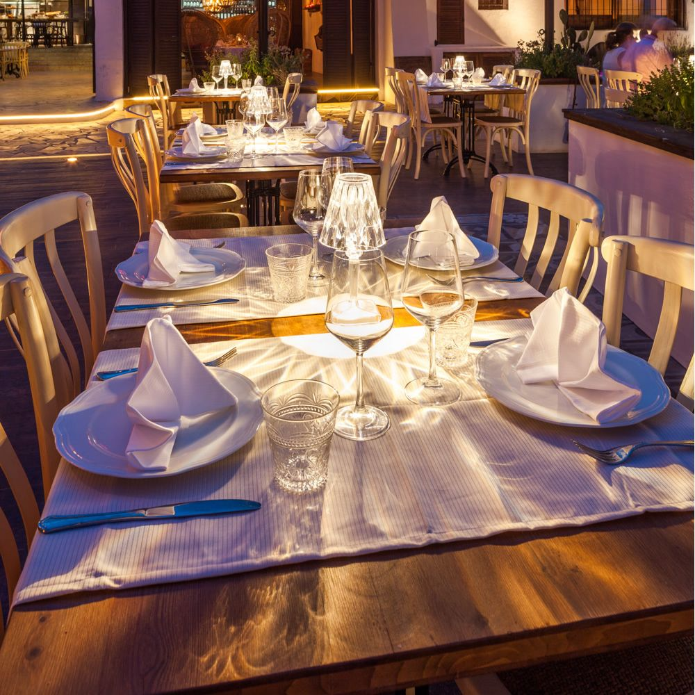 Table De Poser Restaurant Lampe A 80wvONmn