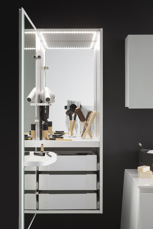 campus m schminkschrank aus holz mit innerer led leuchte steckdose schalter 2 spiegeln und. Black Bedroom Furniture Sets. Home Design Ideas