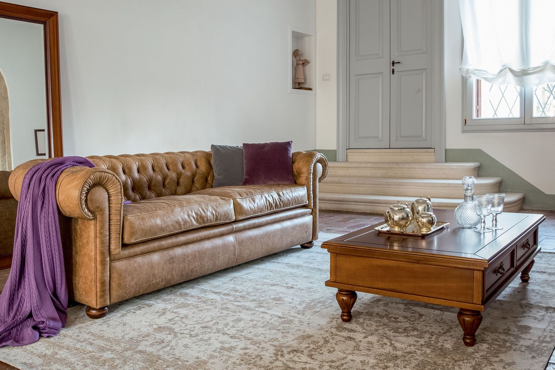 Messier l 4383 divano classico a 3 posti tonin casa for Divano classico