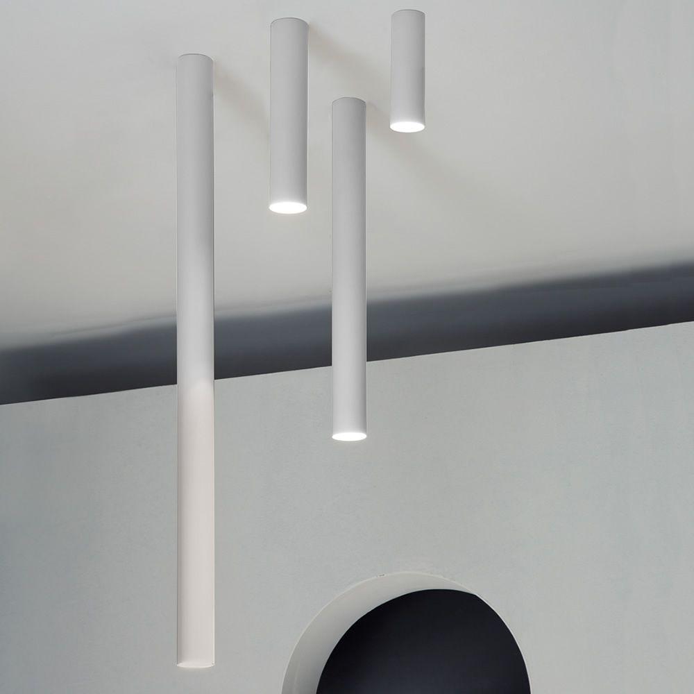 A tube lampada a soffitto di design in metallo led for Lampada ufficio design