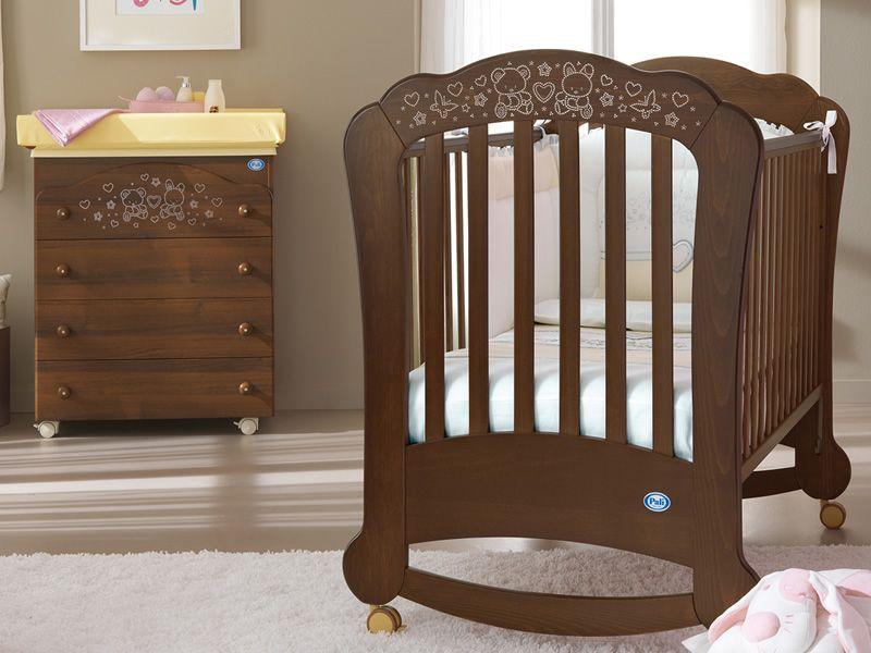soraya lit b b en bois h tre teinte noyer avec. Black Bedroom Furniture Sets. Home Design Ideas