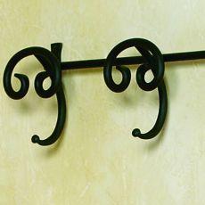 Senna - Appendiabiti da parete in ferro battuto, con 2 o 4 ganci, diversi colori