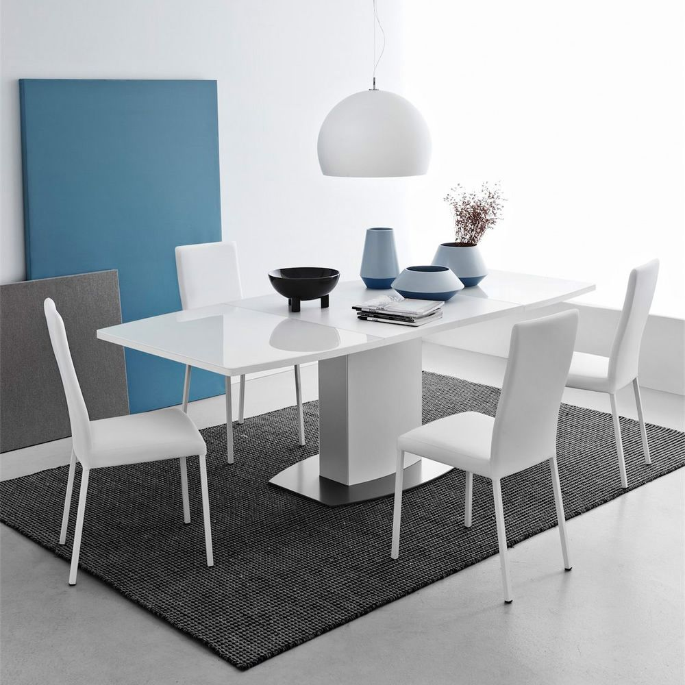 CB4726 Sydney | Extendable table with satin steel and opaque optic white varnished metal frame, extra clear glass top, matched with CB1525 Garda chairs