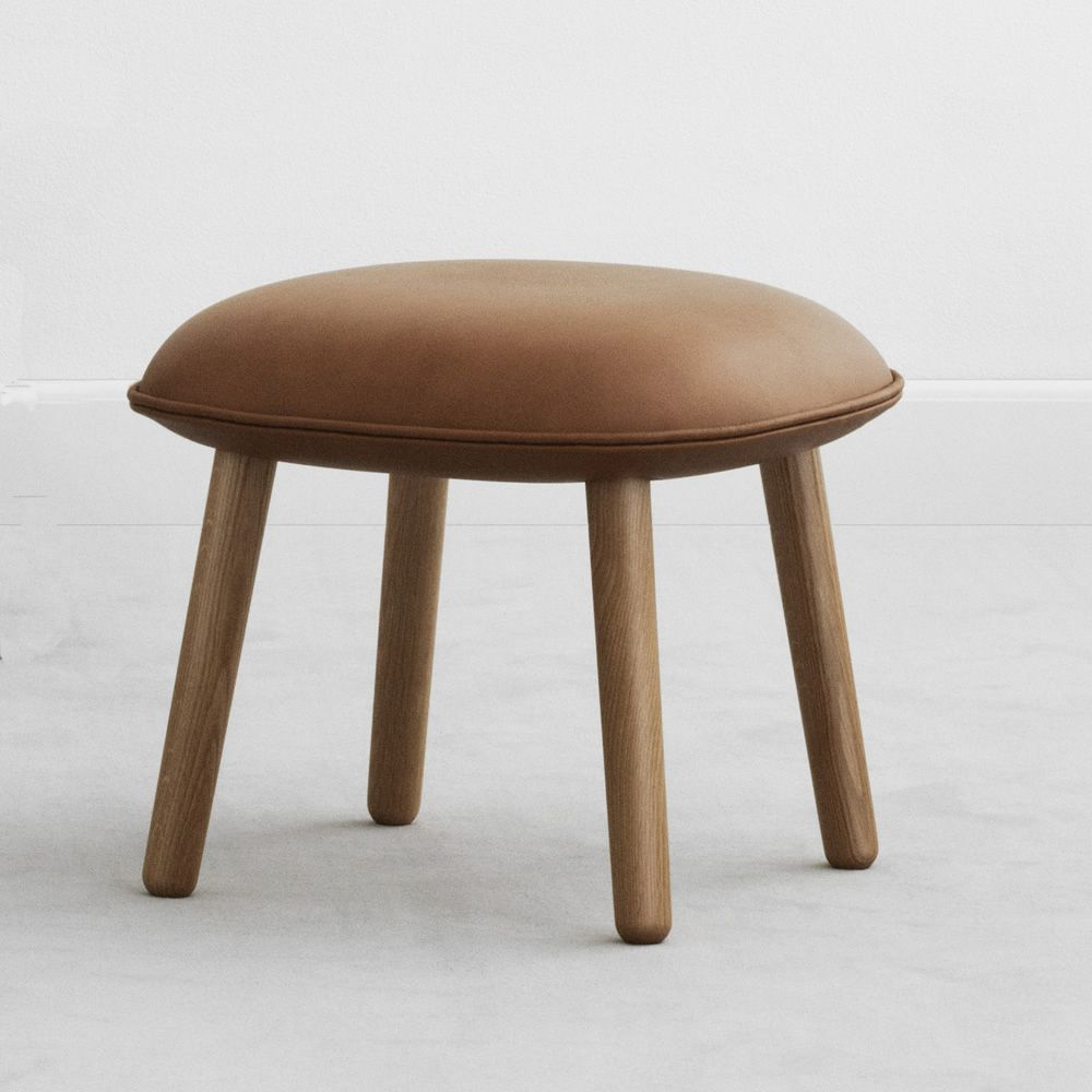 ace p pouf tabouret bas repose pieds normann copenhagen en bois assise rembourr e. Black Bedroom Furniture Sets. Home Design Ideas