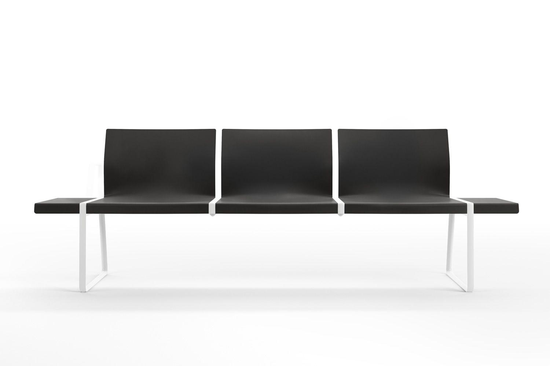 plural bank pedrali f r das wartezimmer aus metall und polypropylen 3 oder 4 sitzer sediarreda. Black Bedroom Furniture Sets. Home Design Ideas