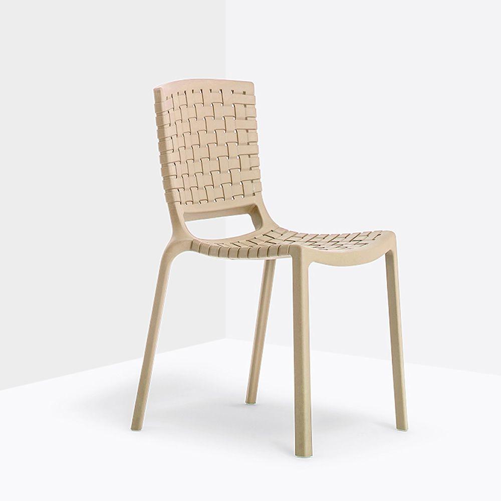 tatami 305 chaise pedrali en polypropyl ne empilable aussi pour le jardin sediarreda. Black Bedroom Furniture Sets. Home Design Ideas