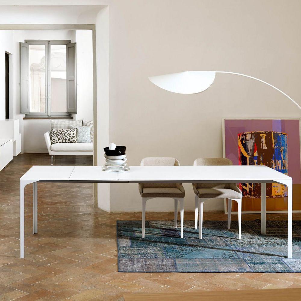 armando a verl ngerbarer tisch midj aus metall mit platte aus metall oder melamin platte. Black Bedroom Furniture Sets. Home Design Ideas