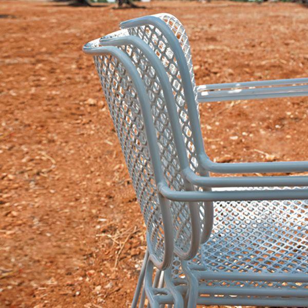 Ivy p fauteuil de parterre emu en m tal empilable en for Chaise de parterre