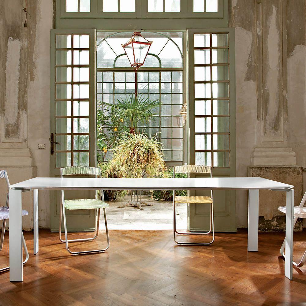 Four design tisch kartell aus stahl und laminat for Designer tisch weiss