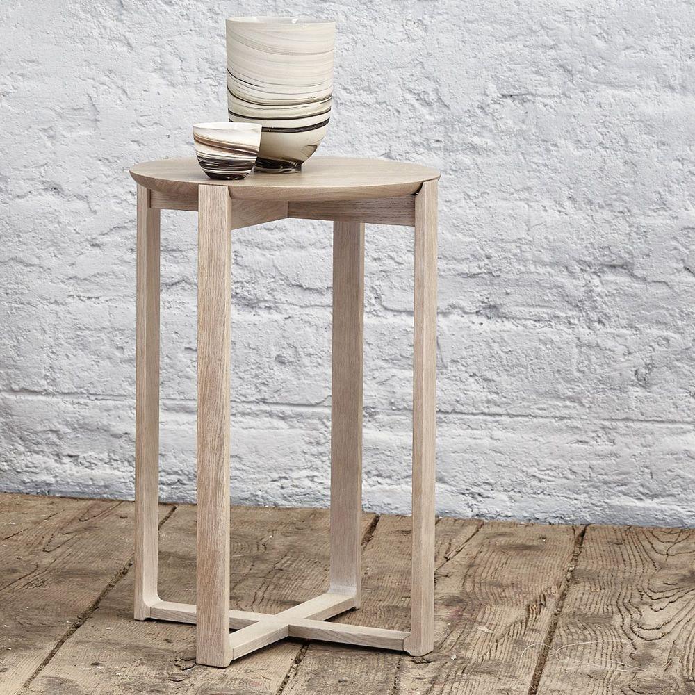 delta coffee 722 runder beistelltisch ton aus holz durchmesser 40 cm sediarreda. Black Bedroom Furniture Sets. Home Design Ideas