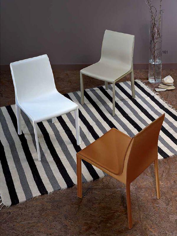 Vr57 sedia interamente rivestita in rigenerato di cuoio for Sedie cuoio rigenerato
