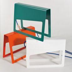 Piega - Lampada da tavolo di design in metallo, disponibile in diversi colori