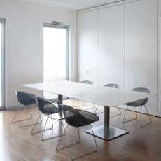 Plano - Pedrali table for meeting room, in metal with laminated top, rectangular or oval, available in different sizes and colors
