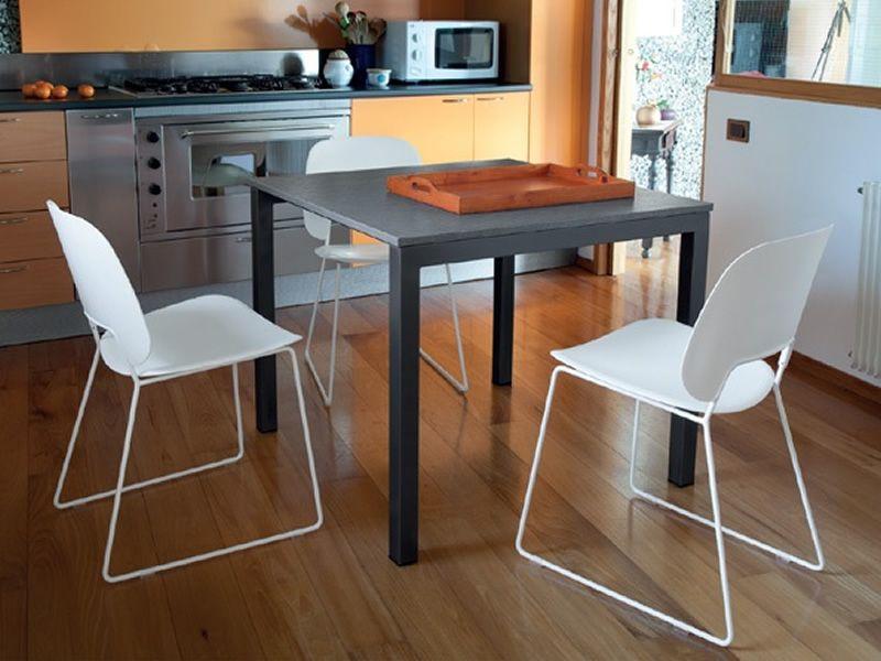 Web 90 tavolo domitalia in metallo piano in melaminico for Tavolo 90 x 90 allungabile