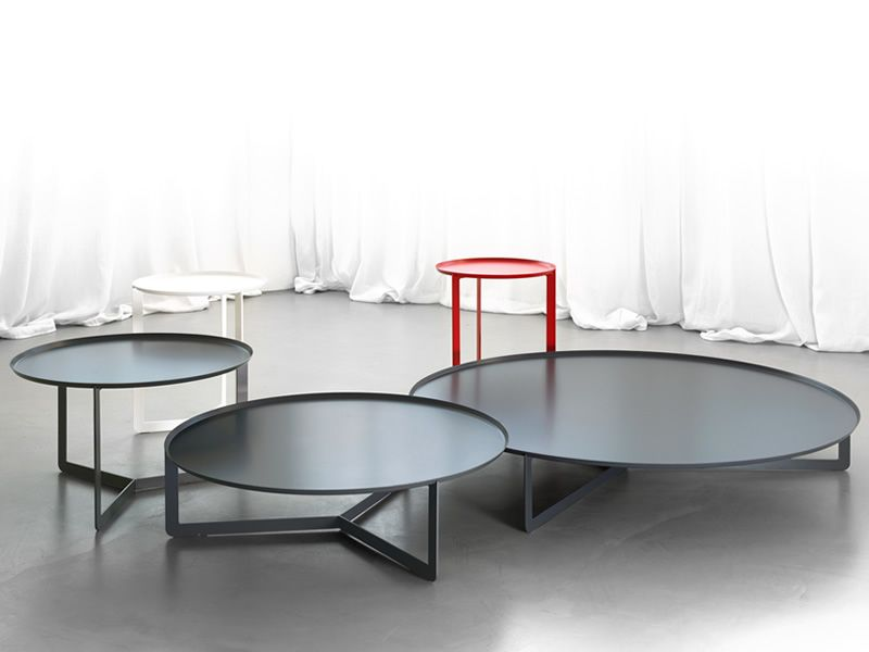 Round small round design table in metal also for garden