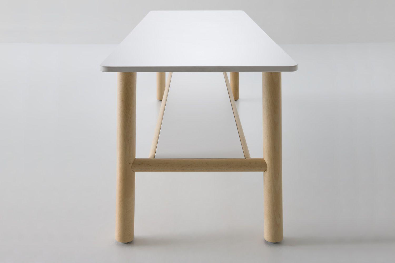 Buchenholz farbe inneneinrichtung und m bel for Schreibtisch aus buchenholz