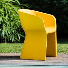 Margarita - Modern armchair in polyethylene, different colours, also for garden