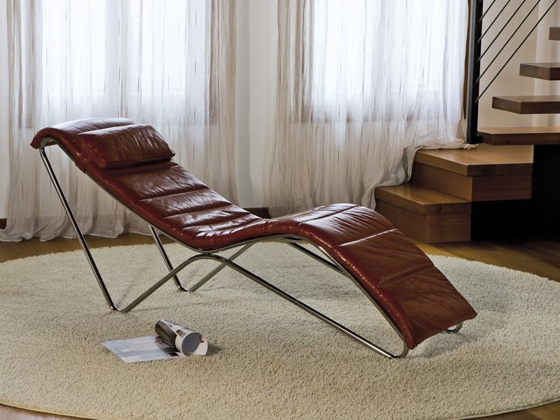 T t relax midj metal chaise longue different for Chaise longue relax