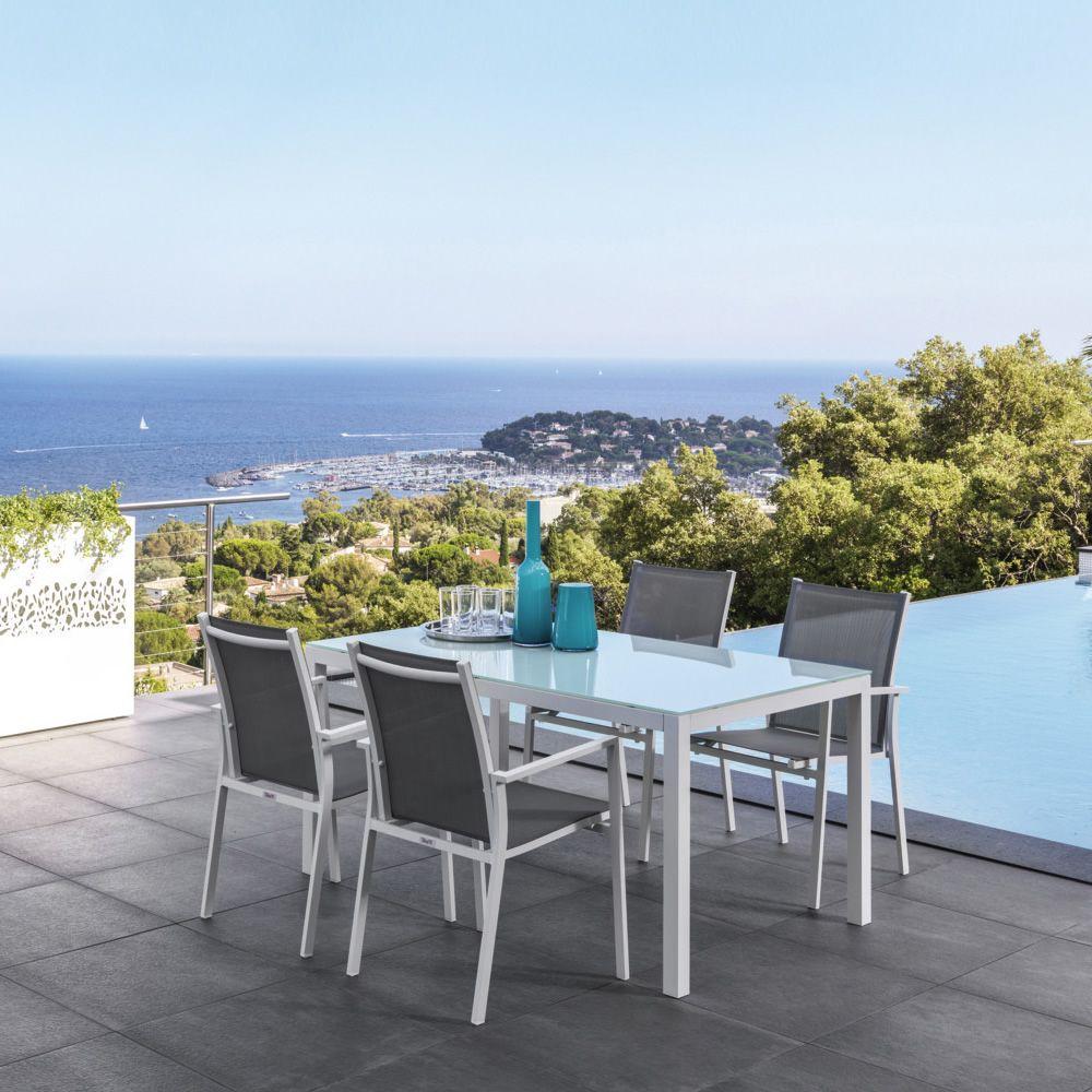 Maiorca t tavolo in alluminio con piano in vetro 152x90 for Sedie e tavoli per esterno