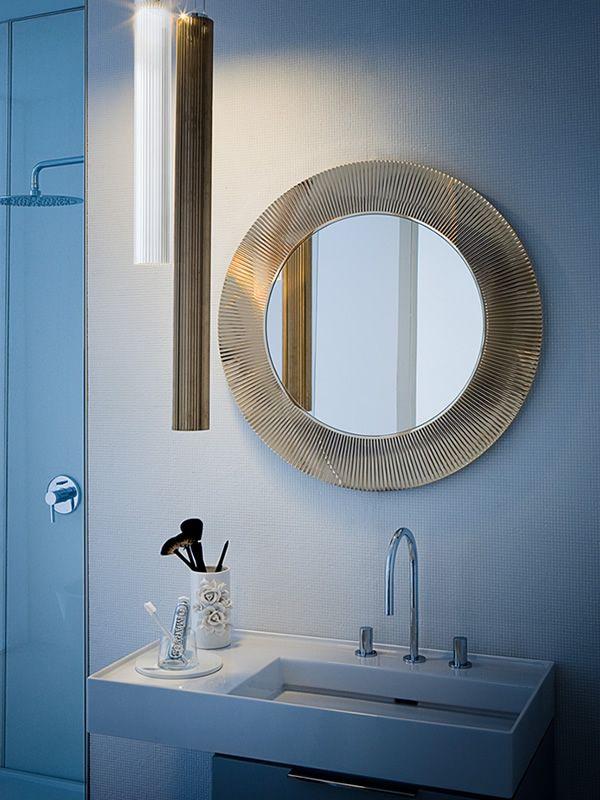 all saints design spiegel kartell mit rahmen aus polymer. Black Bedroom Furniture Sets. Home Design Ideas