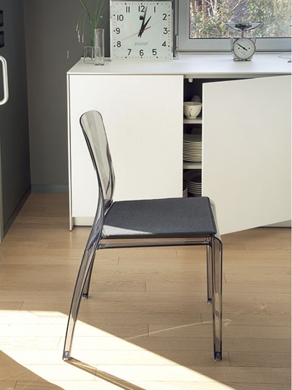 Crystal sedia impilabile domitalia in policarbonato for Sedia ufficio trasparente