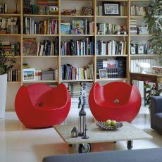 Blos - Poltroncina Slide in polietilene, diversi colori, anche con luce e per giardino