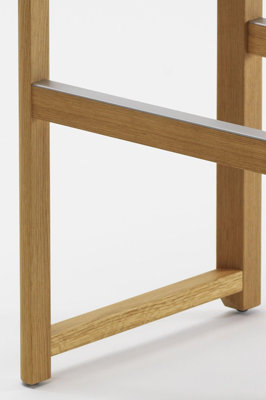 seleri stool hocker aus holz mit sitz aus holz oder mit. Black Bedroom Furniture Sets. Home Design Ideas