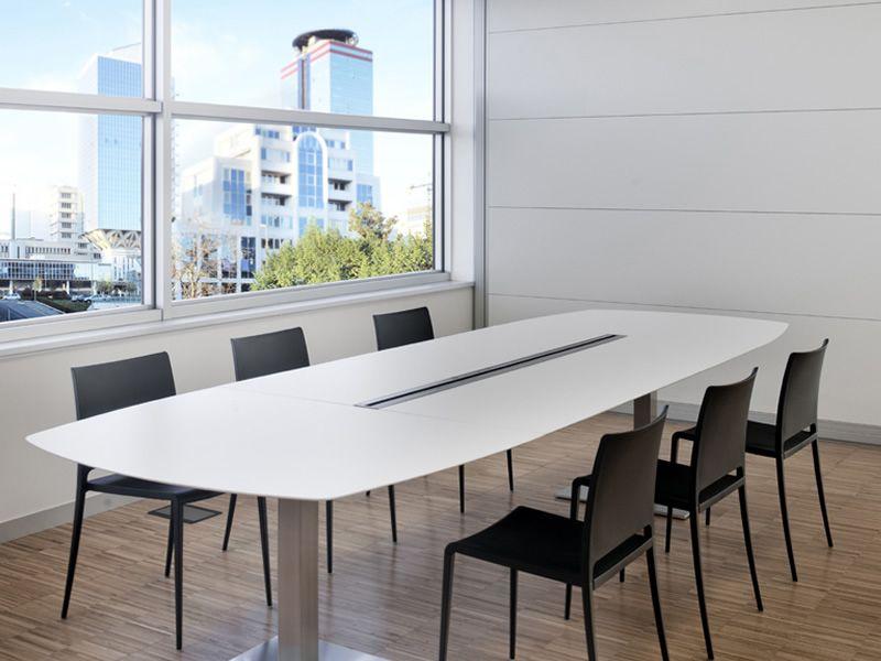 Plano tavolo pedrali da riunione in metallo con piano for Tavolo ovale bianco design