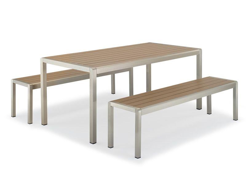 TT29 - Set da esterno con tavolo e due panche, in ...