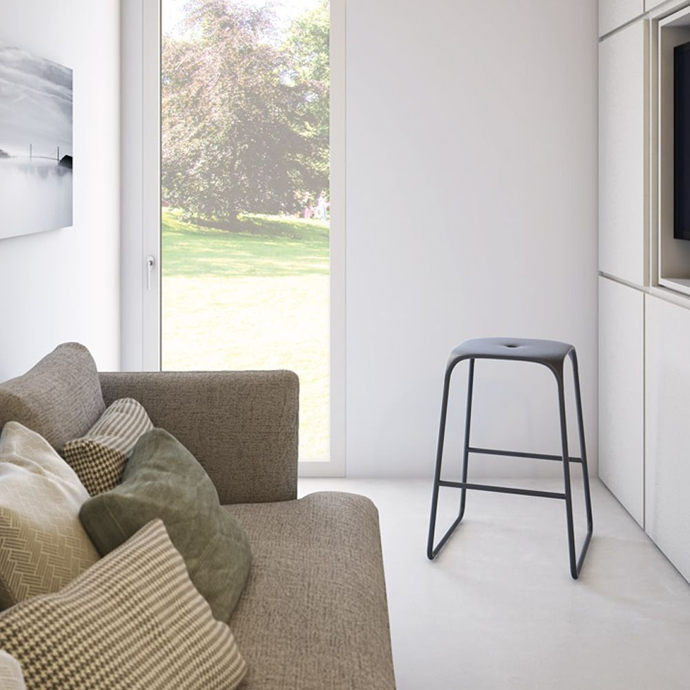 Bobo s taburete infiniti en acero pintado asiento de for Color gris acero
