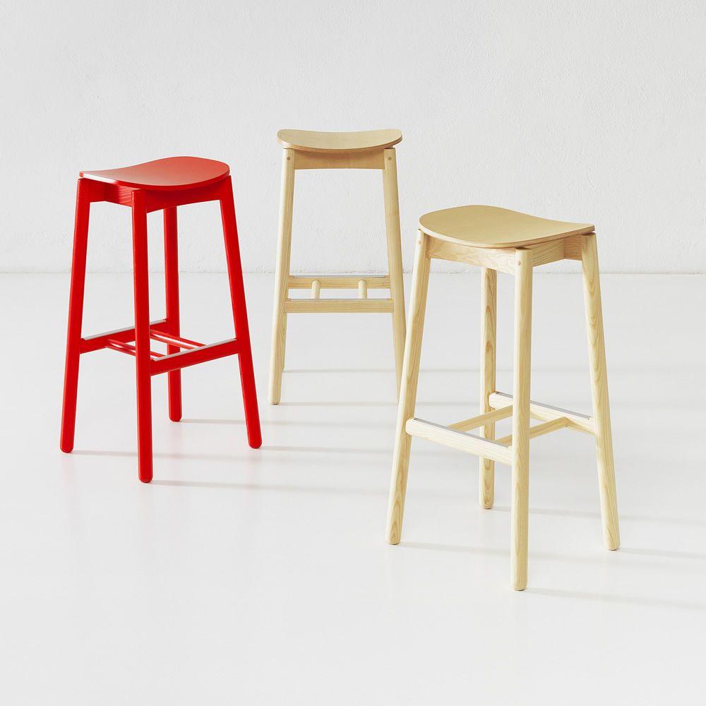 Nico stool v2 per bar e ristoranti sgabello alto da bar for Sgabelli bar legno